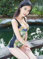 极品骨感美女慧敏Vivi有精致五官172身高修长美腿还有着饱满酥胸