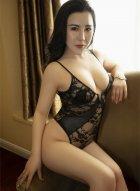 性感女神伊诺私房写真 白皙婀娜玉体在黑色内衣的衬托下更是诱人