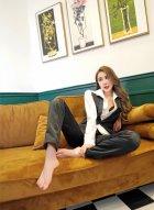 美女嫩模伍月yuer复古写真 自带的妩媚妖娆性感等气质完美展现